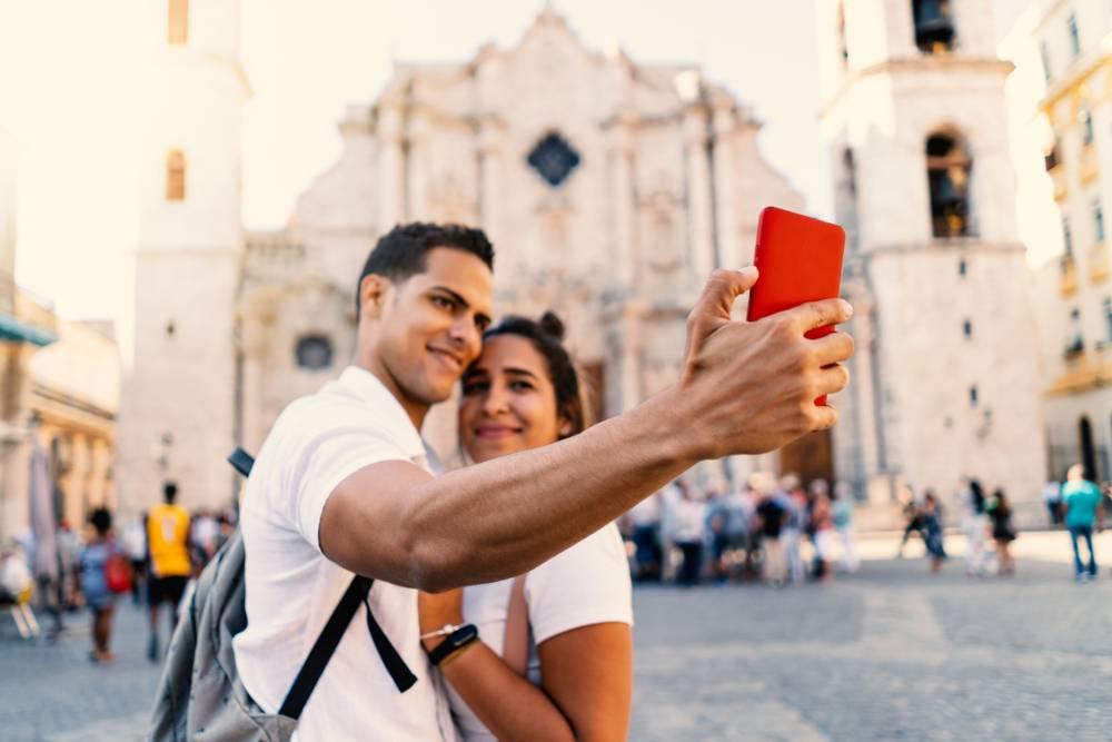 Couple in Cuba